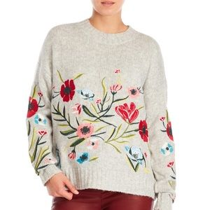 Romeo + Juliet floral embroidered sweater 🌺